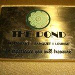 The Pond Restaurant, Banquet & Lounge Foto