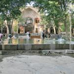 Day 36e Tabriz 40 Bazaar, Courtyard (Sara), with Caravanserai