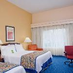 Our guest rooms with two queen beds can accommodate up to 5 people.