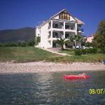 Daughter floating off to Kefalonia