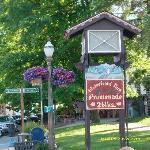 Sign entering Leavenworth.