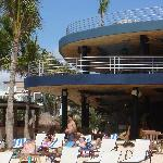Beach Lounge Canibal Royal