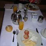 Presentación de las mesas para el desayuno