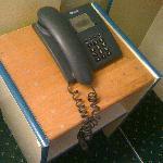 le téléphone poussiereux, le chewing gum mmmm