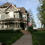 Aurora Staples Bed & Breakfast