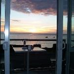 just imagine crays & bubbly on the deck watching the sunrise