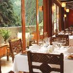 Qunuq Restaurant