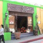 Entrance to Restaurant Jazmin's