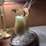Cocktails per Zimmerservice (gegen Aufpreis)