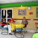 salòn comedor bien caribeño