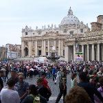 Moments to St Peters Square & Basilica