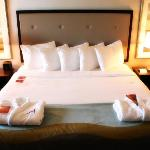 Fabulous Executive Level Guestroom - The Top of the City