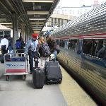 ボストン駅、自由席ですがゆったりして快適な列車の旅お勧めです。