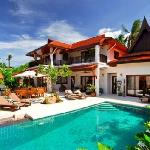 2 to 5 bedroom luxury villas right on the beach!