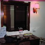 Room (5)