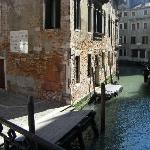 Ca'Foscolo and canal