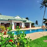 Baan Chaai Haat 4 bedroom beachfront villa
