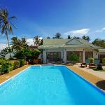 Baan Flora 3 bedroom beachfront villa