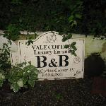 Vale Cottage Sign