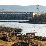 The Dalles Dam & fishing platform--from hotel grounds