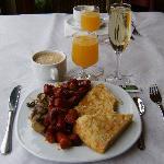 Le petit-déjeuner.