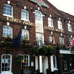 Kings Arms Royal Hotel
