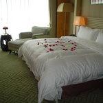 โรงแรมเชอราตัน โฮฮอท