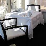 LIV restaurant