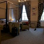 Four-poster room (Holyrood)