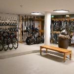 Fahrrad, Ski, Schneeschuhverleih