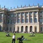 facciata Villa Reale vista dai Giardini