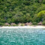 Hongungan Cove in the distance