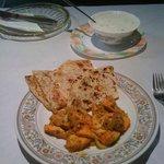 chicken tikka und sabzi parantha