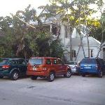 Windsor St. entrance and free parking