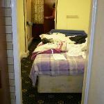stanza e porta del bagno