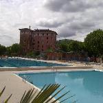 L'hôtel vu depuis la piscine olympique