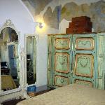 Mirrors Suite