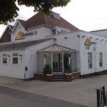Dominic's - Analby Common Hull