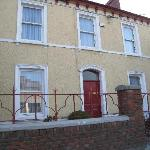 Outside view of the B&B - Its a row house on the right hand side of the street. About half way d