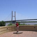 Riverfront Bridge Park