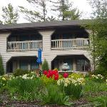 Photo de Coachlite Inn of Sister Bay