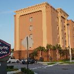 Hotel Hampton Inn&Suites Tamarac Außenansicht