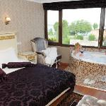 Deluxe Room - 401 - with Jacuzzi