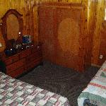 King bed and Twin bed - Lonepine #107