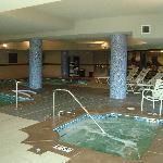 Pool & hot-tub