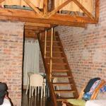room to stairs to upper bedroom