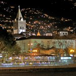 Funchal-Stadtblick am Abend