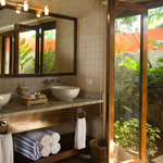 Rio Celeste Private Bathroom with Hot Water