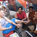 Henna tattoo in Pahar Ganj