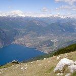 Blick vom Altissimo auf Riva und Torbole